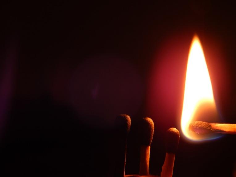 match-lighting-1060006_960_720
