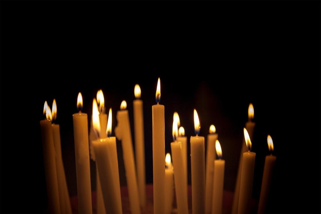 Candles Dark Light Black Fire Flame Fire